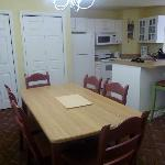 2 bdrm dining/kitchen area