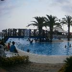 swimming pool side bar