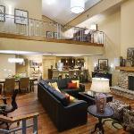 Regency Grand Suite