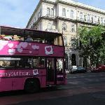 Autobus Giraffe Budapest Hop On Hop Off