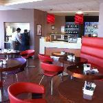 Bar/restaurant area