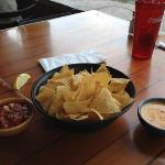 Con Queso and Chips