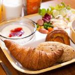 焼きたてパン朝食例
