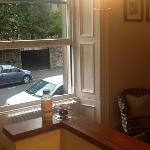 great big sash windows let the light in (studio..appt 3)