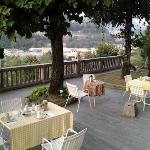 La terrazza dove (meteo permettendo) si fa colazione