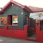 Retro's Pub