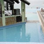 Pool bar in middle of all pools.