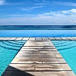 hi-res image of pool. incredible. loved it.