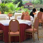 tavolo a fianco al nostro a colazione