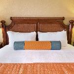 2 Room Suite King Bedroom