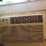 Amateur-looking Aircon install - The whole unit & housing shook when turned on!