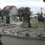 Le cimetière à l'Européenne près de l'église