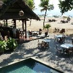 l'endroit du petit déjeuner et la plage