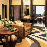 Palace Room (48119957)