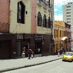 Calle del Tango, hay 4 sitios donde se baila y se escucha la música argentina