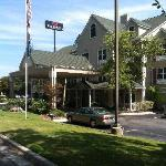 Country Inn and Suites Dalton, GA