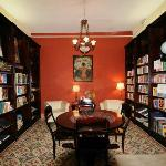 Judd Dole Room features reference books on Maya & Mexico History