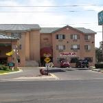 Region Inn Farmington