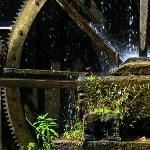 A close up of the water wheel.