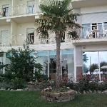 Un particolare angolo del giardino dell'Hotel Miramare
