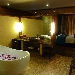 Uluwatu Suite Badezimmer