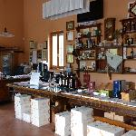 Shop where wine, olive oil and rosolio are available