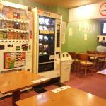 食堂(アルコール以外持込可)