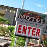 Photo of Bridgewater Motel