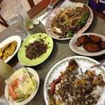 congris, maduros, bistec encebollado, picadillo and tostones