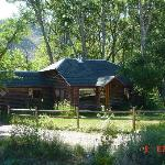 The river guest house is located right on the bank of the Big Laramie River