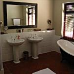 our ensuite bathroom (room no. 3)