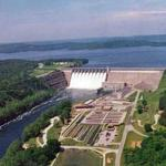 Taneycomo flows from the bottom of Table Rock dam which makes it perfect for trout.