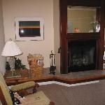 Bay View's Sitting Room with Fireplace
