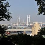 港の見える丘公園からベイブリッジ