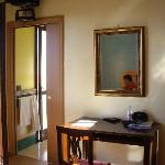 A l'intérieur de notre chambre - communication avec la salle de bains