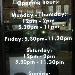 Undaal 2 opening hours
