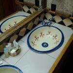 Bath area in Mesa Verda Room.