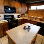 Bullet Creek Cabins - Kitchen