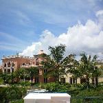 Buildings with Ocean view suites