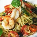 Pasta with fresh shrimps