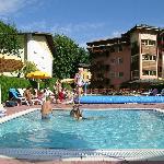 kinder pool