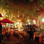 outdoor terrace sooo pretty @ night & even during the day,drink7dine or just hang out:)
