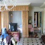 Master bedroom Royal Suite