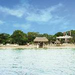 Taborcillo Island Resort Beach