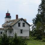 Lighthouse and keeper's home Burnt Island