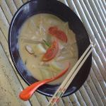 coconut soup with shanghai noodles