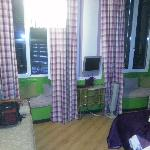 camera 201 verde e viola