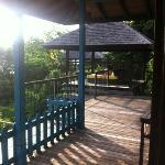 Aussenbereich einer Villa mit Daybed