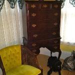 Dresser in mini suite
