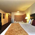 Photo de BEST WESTERN Legacy Inn & Suites Beloit-South Beloit